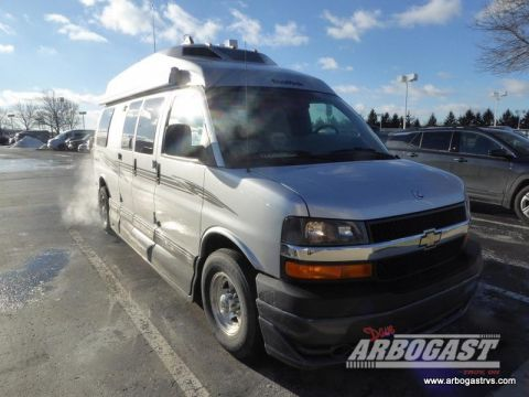 Pre-Owned 2010 Roadtrek Roadtrek 190-Popular