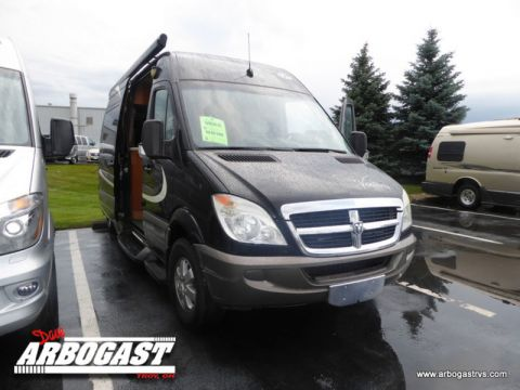 Pre-Owned 2010 Four Winds Ventura 170X  Rear Wheel Drive Full-size Cargo Van