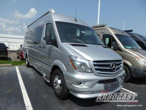 New 2019 Airstream RV Tommy Bahama Interstate Lounge EXT