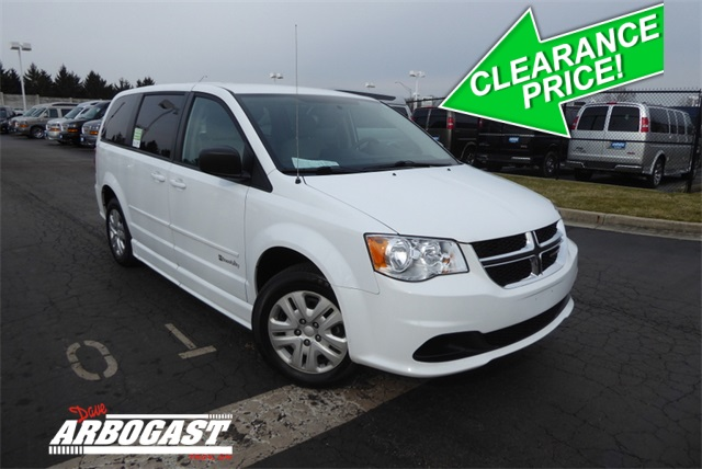 Dodge Conversion Van >> Pre Owned 2016 Dodge Conversion Van Caravan Fwd Mobility